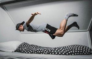 """腹式呼吸、不要补眠运动员5招神用""""睡觉修复疲劳"""""""